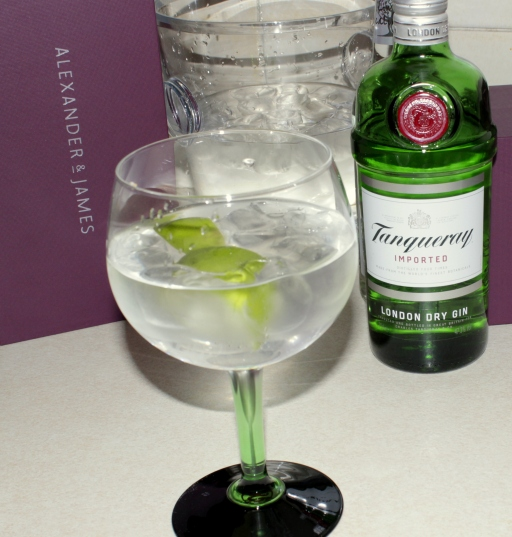 Alexander & James Tanqueray Copa gift set